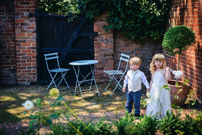 048_Gaynes_Park_Wedding_Photography_2014_Justin_Bailey