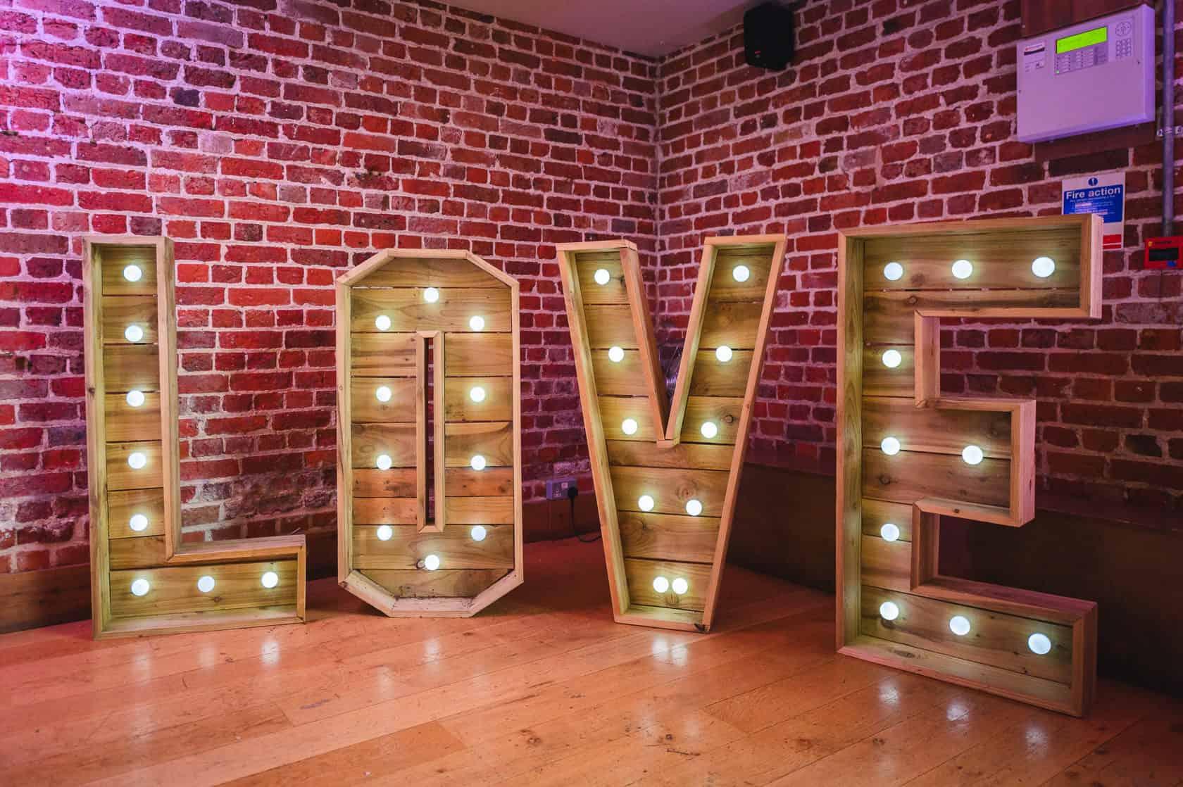 Best_Wedding_Photography_2019_Wedding-Photographer-Essex_069
